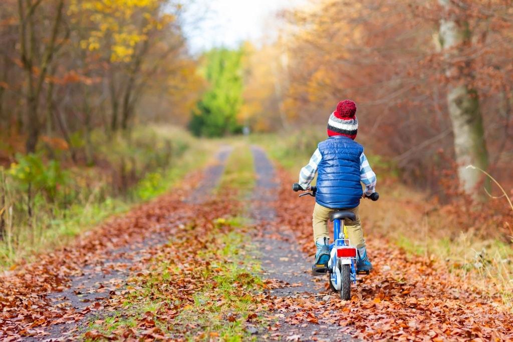 niño bicicleta Glut1 Dieta Cetogénica asGLUTdiece
